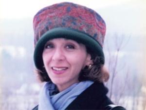 head shot of Marguerite Feitlowitz