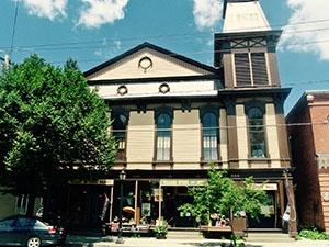 Book Club Play Opens At Hubbard Hall