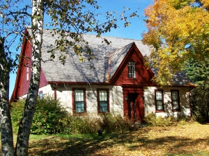 Robert Frost Stone House Museum in Shaftsbury, VT in autumn