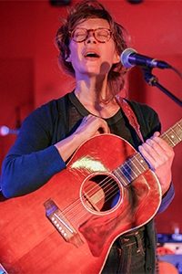 Alexandra Sauser-Monnig '09