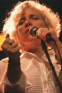Lisa Sokolov '76