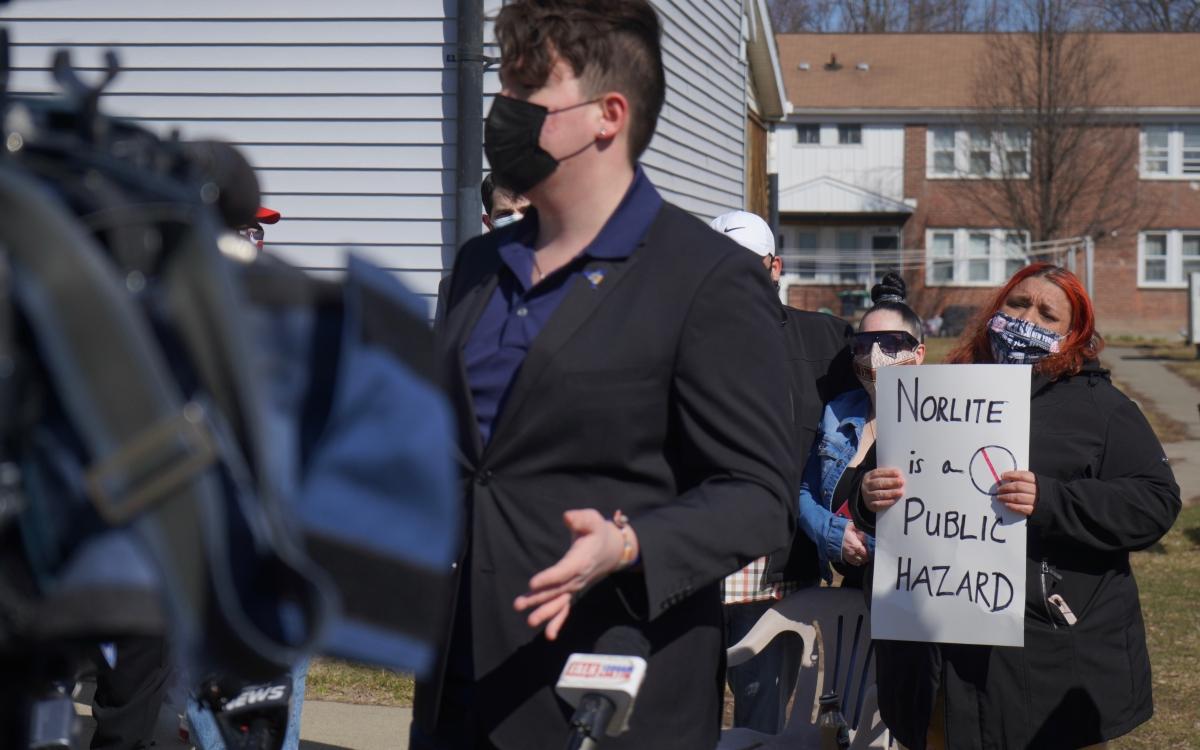 Norlite protestors