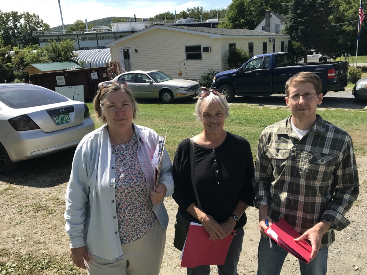 Former Regional Administrator of EPA Judith Enck joins Bennington College faculty Janet Foley and John Hulgren to go door-to-door in Hoosick Falls, NY with new PFOA Community Health Questionnaire.